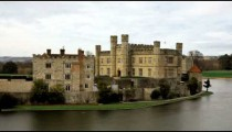 Time-lapse of Leeds Castle by the lake