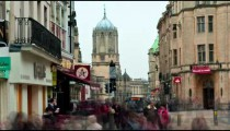 Time-lapse of pedestrian traffic and Tom Tower in Oxford, England.