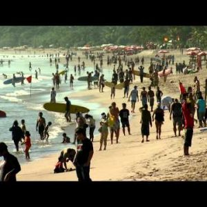 Crowded beach in Bali.