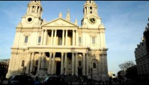 Time-lapse pan of St. Paul's Cathedral in London.