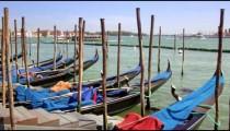 Bobbing gondolas in a docking station