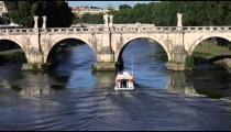Barge under Ponte Sant'Angelo