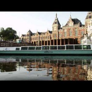 Cruising near a tourist office in Amsterdam