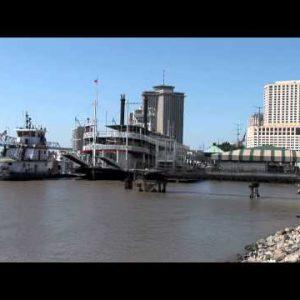 Mississippi Riverside zooms