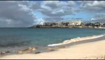 Maho Beach Hotel zooms