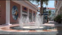 Cancun Mall Fountain Sprays zooms