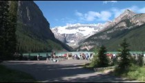 Lake Louise Tourists zoom