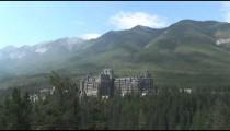Banff Fairmont Hotel zoom