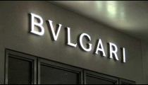 Bvlgari Sign zooms