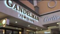 Aruba Jeweler Signs zooms