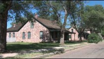 Fort Apache Street zoom