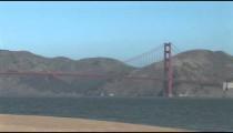 Golden Gate Bridge from Beach pan